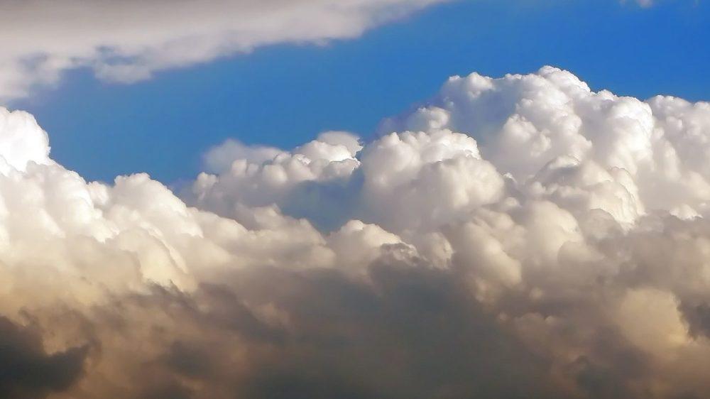 sky-649341_1920