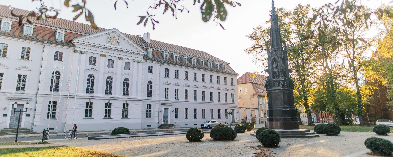 Universität Greifswald (Bild: stock.adobe.com)