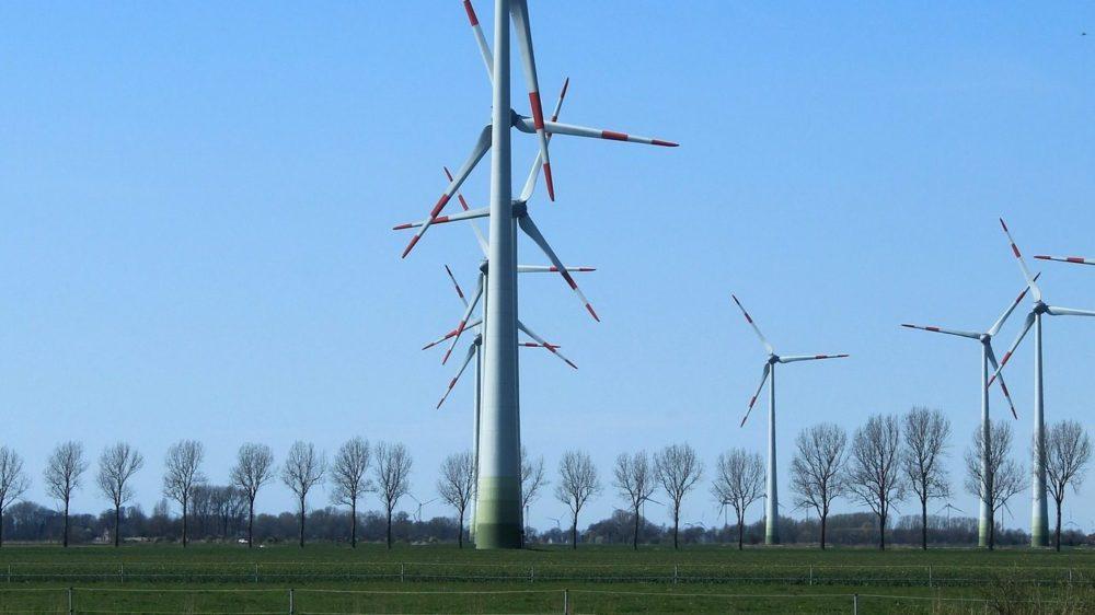 wind-turbines-729493_1920-e1500886327204
