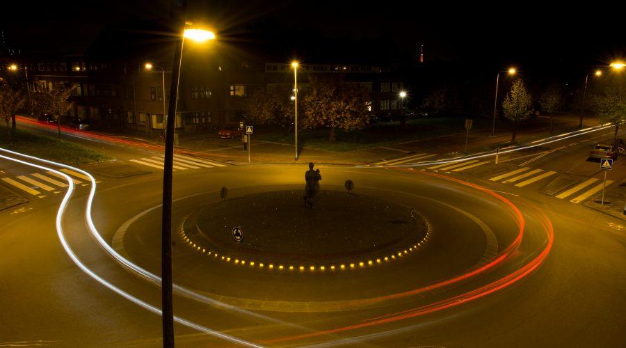 Beleuchten und Laden: quo vadis öffentliche Beleuchtung?