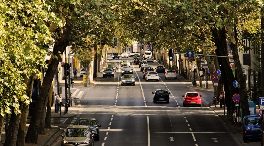 """Tagung – """"UBER, BerlKönig, VOI und Co.: Individualisierte öffentliche Verkehrsangebote – Wie sollte der regulatorische Rahmen gestaltet werden?"""""""