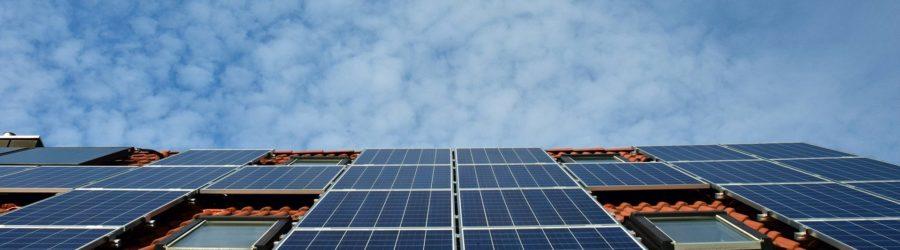 Solarzellen (Quelle: Pixabay/ulleo)